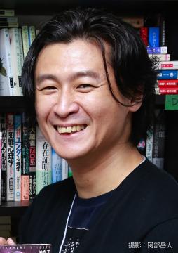 総計5,502頁!本屋大賞作家・冲方丁の最長最熱シリーズ、「シュピーゲル」完結記念インタビュー!
