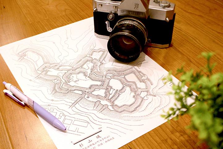 縄張図を片手に、杉山城を散策してみよう